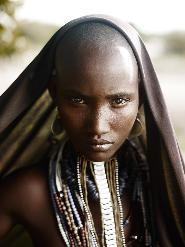 After the introduction of missionaries into the Omo Valley the Arbore now share a mixture of monotheistic and traditional animist beliefs