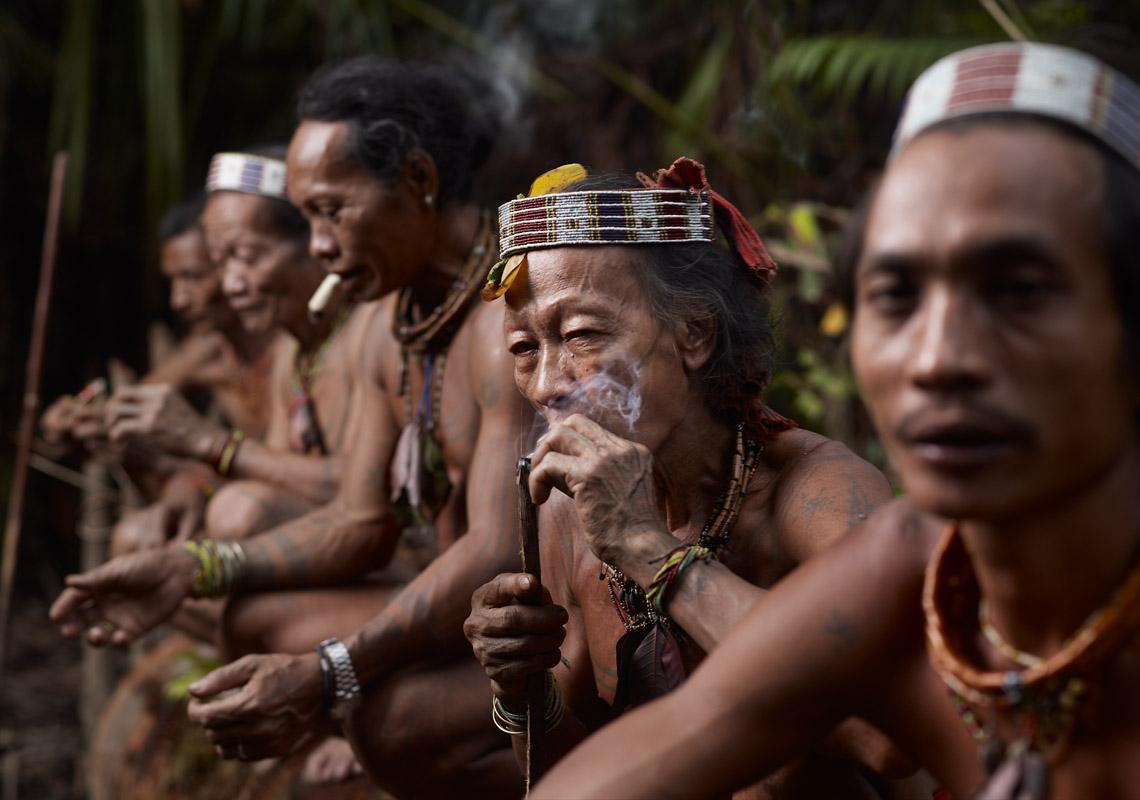 Bajak Tolkot Smoking
