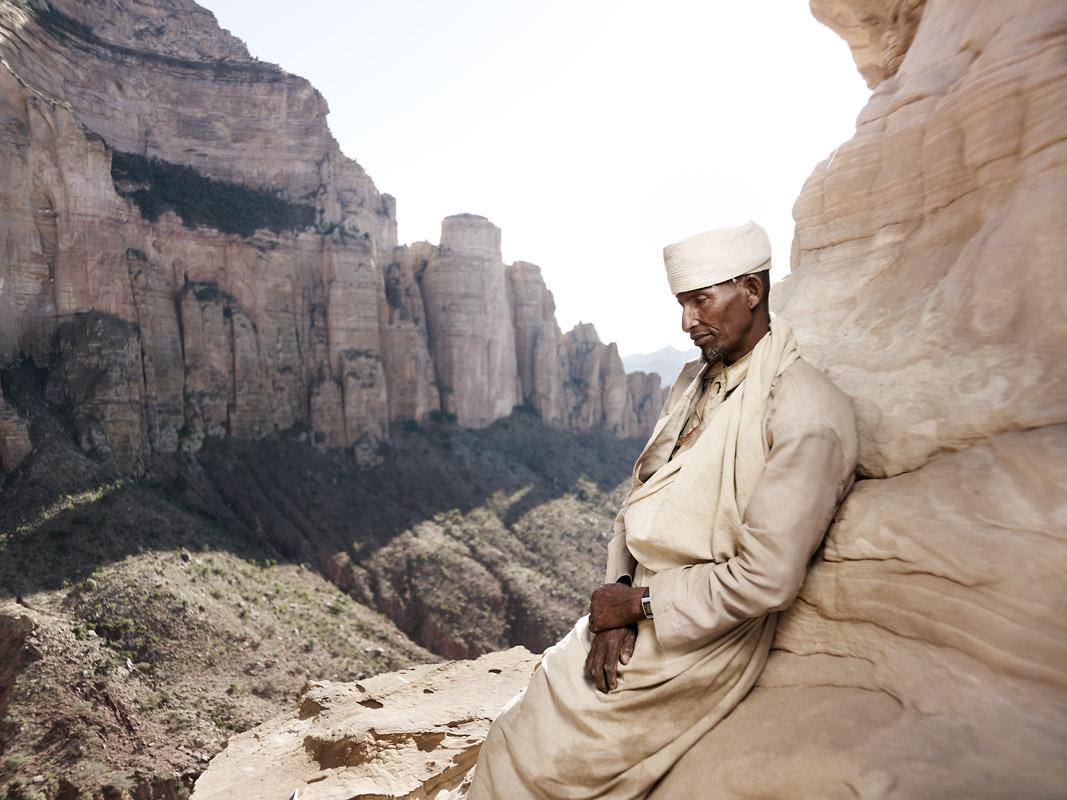 Aba Geafael Asyashaye- 52 years old, Abuna Yemata Guh
